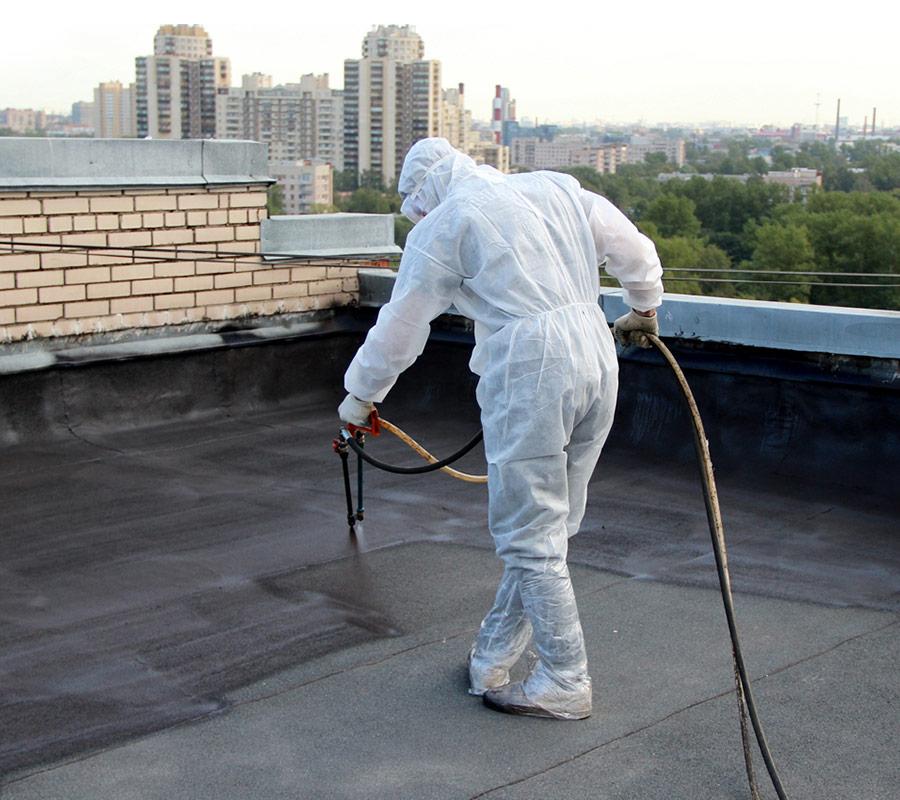 Напыление жидкой резины на крышу